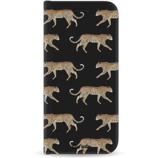 Casetastic Wallet Case Black Apple iPhone 11 - Hunting Leopard