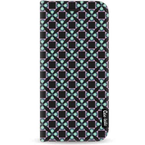 Casetastic Wallet Case Black Apple iPhone 11 - Clover