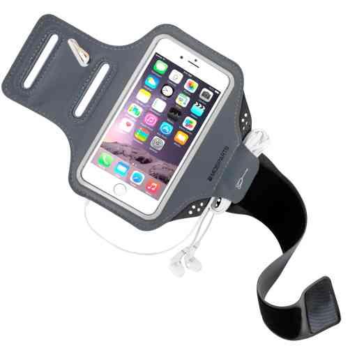 Casetastic Comfort Fit Sport Armband Apple iPhone 6/6S/7/8/SE (2020) Black
